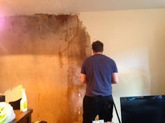 d a b b l i n g . i n . d e c o r : Removing Woodchip Wallpaper & Before/After