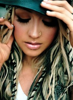 Her hair was so awesome here.....#Christina Aguilera