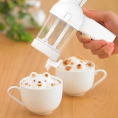 Your morning latte is now going to be a visual treat once you make good use of the 3D Latte Art Maker.