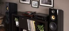 Home Audio Knowledge Archives - Page 3 of 7 - Official Fluance® Blog Turntable Setup, Turntable Record Player, Powered Speakers, Bookshelf Speakers, Vinyl Music, Techno, Audio, Knowledge, Blog