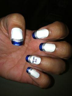 Dallas Cowboy nail art