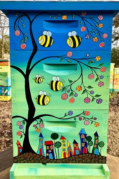 Inspired by the Oasis at 29 Palms in Joshua Tree California, this beautiful hive is hand painted by Heather Isbell from Izzabella Beez Wood Crafts, Diy And Crafts, Bee Crafts, Bee Hives Boxes, Beehive Design, Buzzy Bee, Bee Creative, Bee House, Bee Art