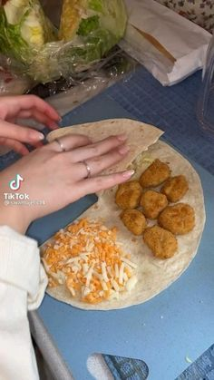 Healthy Indian Recipes, Good Food, Yummy Food, Food Goals, Quick Meals, Food Hacks, Food Dishes, Food Inspiration, Food And Drink