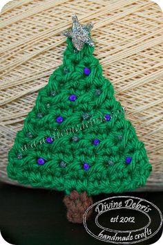 Christmas Tree Applique by Divine Debris