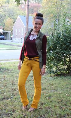 use olive green jacket, burgundy sweater/top, mustard pants Yellow Pants Outfit, Olive Green Outfit, Mustard Yellow Outfit, Mustard Pants, Olive Green Pants, Green Vest, Yellow Outfits, Burgundy Pants, Burgundy Sweater