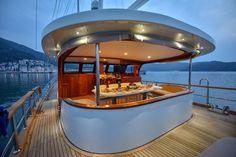 Gulet Cruise Italy. Schooner Sailing Cruises in Mediterranean. Boat Rental Italy. Crewed yacht charter Hire in Sardinia. SailCruise Corsica. Boutique Boat Hotel France and Italy. Gullet Victoria. Luxe Zeilvakantie met Schipper. Meezeilen in Frankrijk en Italie. crociera in Caicco. Alquiler de Goleta Italia. #yachtboutique #gulet #guletcruise #schooner #sailing #boatholiday Www.guletcharteritaly.com