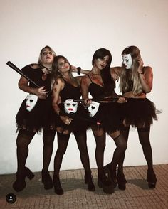 Halloween-Kostüme - New Ideas Disfraces halloween Disfarces Halloween, Cute Group Halloween Costumes, Halloween Outfits For Women, Classy Halloween, Halloween Inspo, Maquillage Halloween Simple, Halloween Disfraces, Drawing Drawing, Drawing Tips