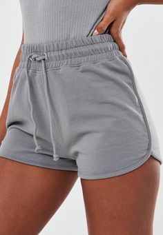 Say hello to women's shorts this season. Browse the range at Missguided. Comfy Shorts, Cute Shorts, Gray Shorts Outfit, Lounge Shorts, Sport Shorts, Pants Outfit, Athletic Shorts, Cute Lazy Outfits, Short Outfits