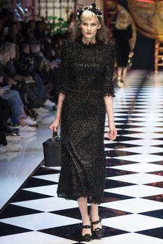 Dolce & Gabbana - Fall 2016 Ready-to-Wear
