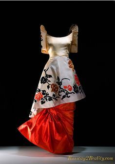 Fashion is compelling. It is a mirror of time and culture. In the Philippines, fashion history reflects a heritage of artistry and sophistic. Philippines Outfit, Philippines Fashion, Philippines Culture, Modern Filipiniana Gown, Filipiniana Wedding, Traditional Fashion, Traditional Dresses, Filipino Fashion, Asian Fashion