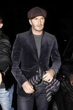 David Beckham Photo - David Beckham and Son Leave Dinner
