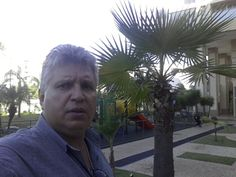 Blogs de Aguia SemrumoPortuguês (Brasil) Novo blogSemrumo 553425 visualizações de página - 11608 postagens, última publicação em 05/09/2016  Semrumo Sinopse leve, boa informação com objetivo de dar cara nova ao padrão comportamental de leitura Blogger.     Tenho uma distinta sensibilidade para chorar em ocasiões comuns. Não o faço apenas pelos animais, mas por sentir que cabe ao filho crescido cuidar de sua mãe, Mãe Terra! Compreendendo nosso planeta como um ser vivo, que respira e tem dir