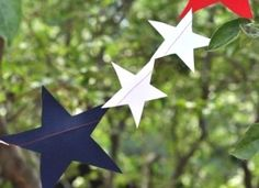 Make a 5-pointed Star in One Snip! :: Hometalk
