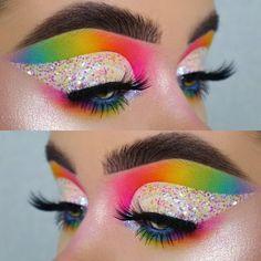 Raphaela's expertise lies in her eye makeup application skills. She uses bright shades, often all th Rainbow Eye Makeup, Bright Eye Makeup, Makeup Eye Looks, Colorful Eye Makeup, Eye Makeup Art, Crazy Makeup, Eyeshadow Makeup, Makeup Eyes, Star Makeup
