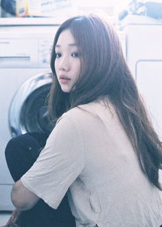 이성경(李聖經 Lee Sung-Kyung) Lee Sung Kyung photographed by Shin Hye Rim, 2013 Korean Actresses, Korean Actors, Lee Sung Kyung Fashion, Korean Girl, Asian Girl, Jong Hyuk, Joon Hyung, Weightlifting Fairy Kim Bok Joo, Hipster Girls