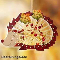 "Fadenflecht designs in wood ""Autumn"" - Autumn Craft Ideas from wood. Buy ""Autumn"" Seasonal Crafts' tinkering in the Junghans-Wolle Creativ-Shop"