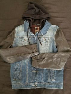 Thrifting, Vest, Hoodies, Denim, Sleeves, How To Wear, Leather, Closet, Jackets