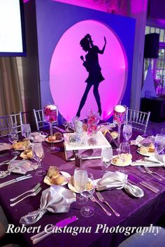 singing decor for Bat Mitzvah celebration by Robert Castagna Photography