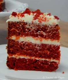 The Red Velvet ! The perfect – Bolos - Torten Pecan Recipes, Cake Recipes, Dessert Recipes, Old Fashioned Red Velvet Cake Recipe, Cupcakes, Cupcake Cakes, Bolo Red Velvet Receita, Wasc Cake Recipe, Red Velvet Cheesecake Cake