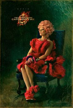 EFFIE GETS A CAPITOL PORTRAIT FOR THE HUNGER GAMES: CATCHING FIRE                                                                                                                                                     More
