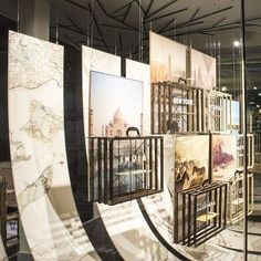 Escaparate agencia de viajes en Barcelona diseñado por el equipo de Mateo Fuero todos sus proyectos tienen carácter artístico. Nos encanta! #travel #luxury #trip #mateofuero #design #windowswear #windowdisplay #photo #barcelona #spain #design #diseño #interiordesign #archilovers #beautifulthings #deco #decoracion #like #cute #beautiful #inspiracion #estudio #mapandbe #escaparate #escaparatismo #agenciadeviajes by mapandbe