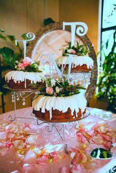 Atrium wedding reception venue enjoys bundt cakes as wedding cakes! Fruit Wedding Cake, Wedding Cakes, Wedding Cake Inspiration, Wedding Ideas, Wedding Signs, Wedding Reception, Wedding Stuff, Dream Wedding, Nothing Bundt Cakes