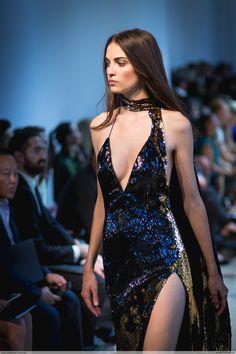 "clichey: "" Camille Hurel by Jean Baptiste Soulliat Alexandre Vauthier - Paris Fashion Week HC "" Style Haute Couture, Couture Fashion, Runway Fashion, Paris Fashion, Pretty Outfits, Pretty Dresses, Beautiful Dresses, Look Fashion, High Fashion"