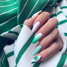 Mr White i Rain Forest Arte Brillante od Diva Nails, Glam Nails, Matte Nails, Fun Nails, Acrylic Nails, Fabulous Nails, Gorgeous Nails, Soft Nails, Indigo Nails