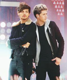 Niall and Louis on GMA :)  (2013) #1d #onedirection #GMA #niallhoran #louistomlinson #new #2013