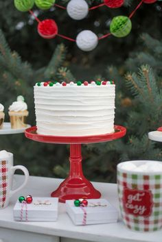 loving the gorgeous cake at this adopt an elf christmas party the decorations - Christmas Dessert Decorations