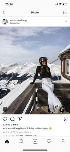 Snow Skiing Snowboarding Winter holiday – Famous Last Words Ski Fashion, Winter Fashion, City Fashion, Mode Au Ski, Shotting Photo, Foto Casual, Vetement Fashion, Ski Season, Vintage Ski