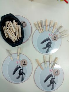 Numeracy Activities, Petite Section, Maria Montessori, Too Cool For School, Social Work, Kindergarten, Cycling, Inspiration, Lorraine