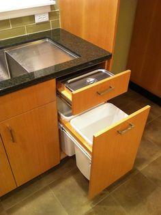 Steam table compost bin
