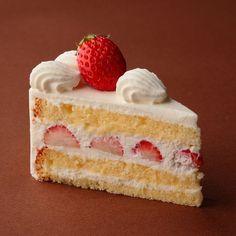 苺のショートケーキ   PASTICCERIA ISOO - 六本木の小さなケーキ屋 パスティッチェリア イソオ