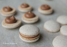 Macarons - Reteta in imagini - DesertdeCasa. Macaroons, Cheesecake, Place Card Holders, Desserts, Food, Macaroni, Tailgate Desserts, Deserts, Macarons