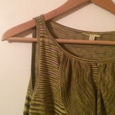 Olive and Tan Knit Dress Gorgeous knit dress with ruffle detail and super cute pattern.  Perfect for warmer fall days.  Would pair nicely with your favorite boots! Gianni Bini Dresses