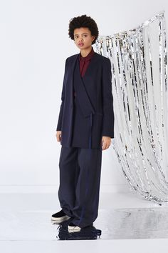 Ports 1961 Pre-Fall 2016 Fashion Show http://www.vogue.com/fashion-shows/pre-fall-2016/ports-1961/slideshow/collection#30