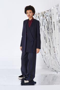 Ports 1961 Pre-Fall 2016 Fashion Show  http://www.vogue.com/fashion-shows/pre-fall-2016/ports-1961/slideshow/collection#30