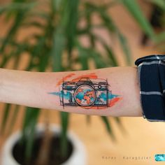 Explosion of Colors: Beautiful Watercolor Tattoos by Koray Karagözler - jaw-dr. - Explosion of Colors: Beautiful Watercolor Tattoos by Koray Karagözler – jaw-dropping watercolor - Cool Tattoos, Tattoos For Lovers, Tattoo Photography, Tattoos For Women, Cute Tattoos, Watercolor Tattoo, Camera Tattoos, Sleeve Tattoos, Travel Tattoo