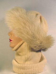 Vintage Fox Trim Wimple / 60s Hand Knit by bigyellowtaxivintage, $60.00