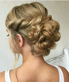 60 Sophisticated Prom Hair Updos - Wedding Hairstyles Inspiration Up Dos - Haar Elegant Hairstyles, Formal Hairstyles, Hairstyles Haircuts, Pretty Hairstyles, Wedding Hairstyles, Prom Hair Updo Elegant, Formal Updo, Romantic Updo, Latest Hairstyles