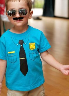 Lots of great police party ideas for your little cops and robbers!