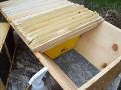 More The Same Than Different - Discussing Top Bar and Standard Hives - Honeybees and Beekeeping - MOTHER EARTH NEWS