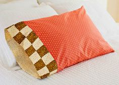 Free Pillowcase and Pillow Patterns | AllPeopleQuilt.com | Sewing ... : all people quilt pillowcase - Adamdwight.com