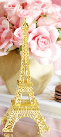 💕💟 PINK 💟💕 Stunning Eiffel Tower on coffee table by Composition Lane