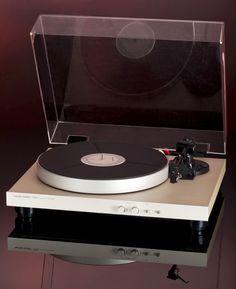 Harmon-Kardon turntable. http://www.pinterest.com/TheHitman14/the-record-player-%2B/