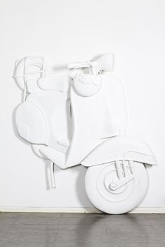 Ghi studied Sculpture at the Accademia di Belle Arti Brera, Milan, Italy and so I assume the concept of the Vespa came from that part of his life.