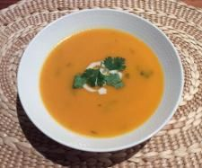 Recipe Asian Inspired Kumara Soup by skorpa, learn to make this recipe easily in your kitchen machine and discover other Thermomix recipes in Soups. Thermomix Soup, Freezer Friendly Meals, Sweet Potato Soup, Frozen Meals, Recipe Community, Lemon Grass, Soup Recipes, Find Recipe, Curry