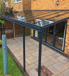 Glass Verandas for your patio or garden, to give you an all year round alfresco living area. Live outdoors longer with a glass veranda system from Samson Awnings. Garden Room, Pergola With Roof, Outside Living, Terrace Design, Patio Design, Pergola Patio Ideas Diy, Back Garden Design