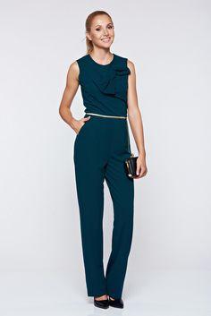 Comanda online, Salopeta Artista verde eleganta cu accesoriu in forma de fundita. Articole masurate, calitate garantata!